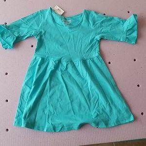 1 Longsleeve dress